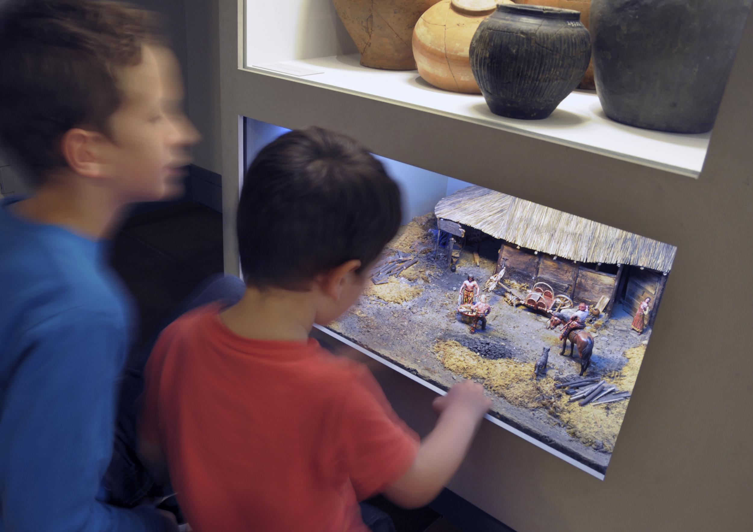 Bernisches Historisches Museum Aussenansichten: Bernisches Historisches Museum : Dauerausstellungen