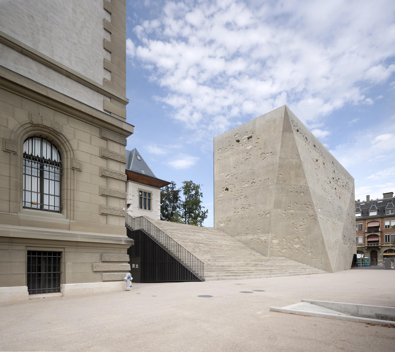 Bernisches Historisches Museum : Exterior Views Fotos Von Modernen Bdern